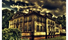 Old_Building_by_Riffo